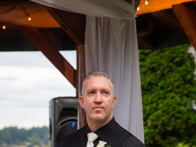 Bruce and Leanne's wedding in Parksville, British Columbia 42