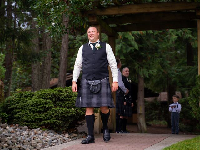 Bruce and Leanne's wedding in Parksville, British Columbia 51