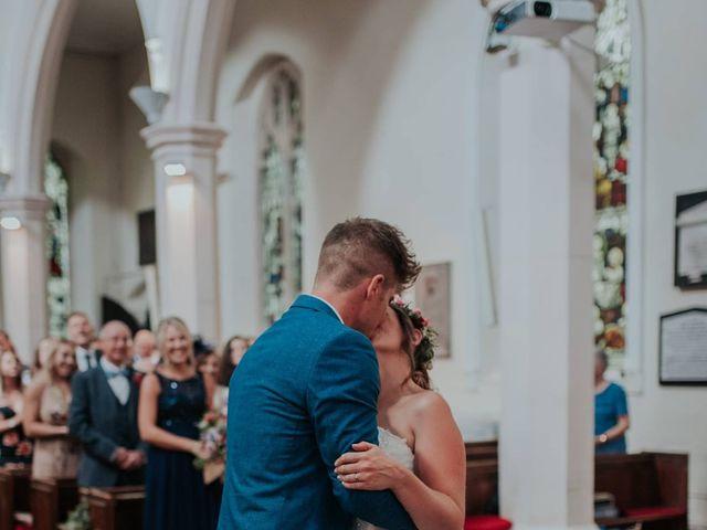Sandra and Raymond's wedding in Mississauga, Ontario 9