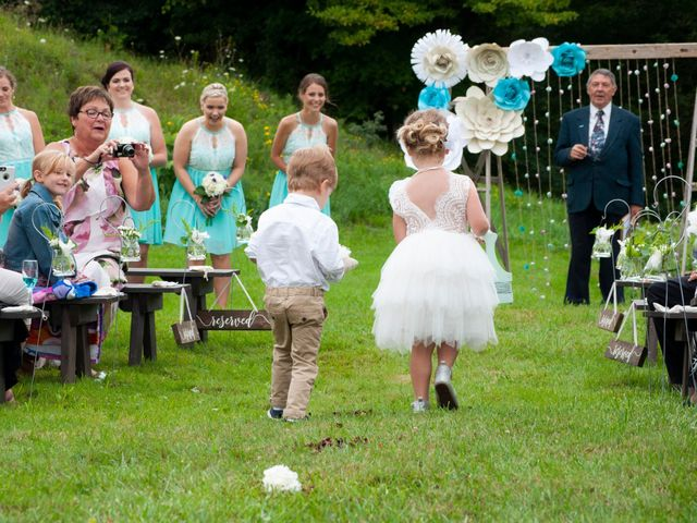 Jenna and Mark's wedding in Kincardine, Ontario 5