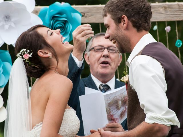 Jenna and Mark's wedding in Kincardine, Ontario 6