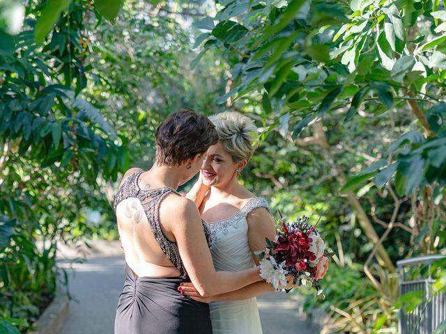 Jess and Lynsey's wedding in Calgary, Alberta 20