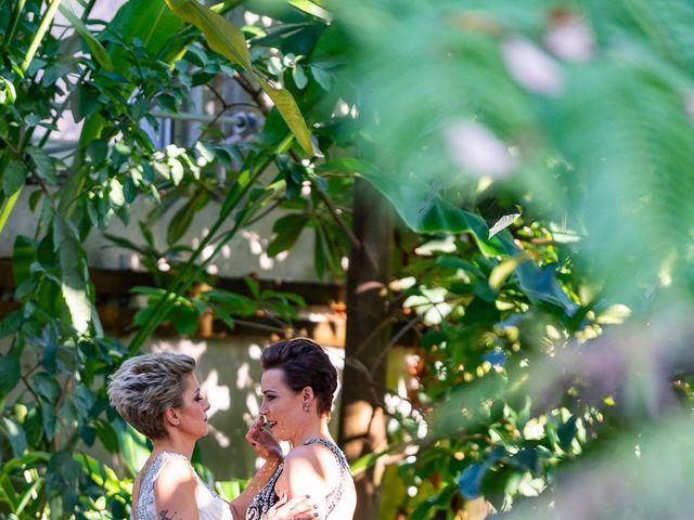 Jess and Lynsey's wedding in Calgary, Alberta 21
