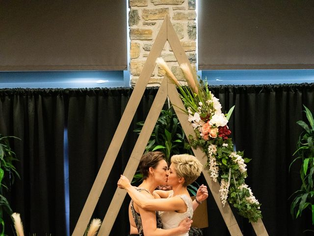 Jess and Lynsey's wedding in Calgary, Alberta 24