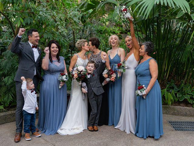 Jess and Lynsey's wedding in Calgary, Alberta 27