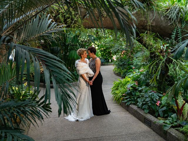 Jess and Lynsey's wedding in Calgary, Alberta 31