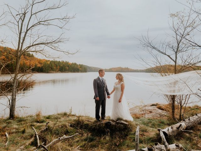 Jeff and Laura's wedding in Algonquin Highlands, Ontario 25