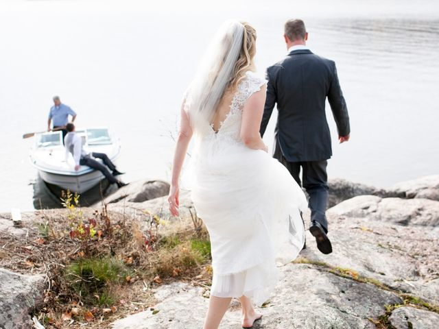Jeff and Laura's wedding in Algonquin Highlands, Ontario 32
