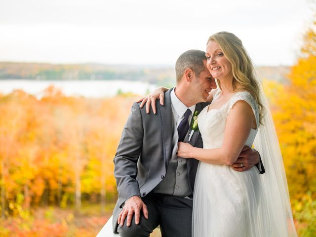 Jeff and Laura's wedding in Algonquin Highlands, Ontario 112