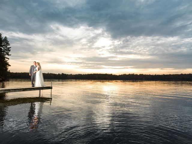 Jeff and Laura's wedding in Algonquin Highlands, Ontario 116