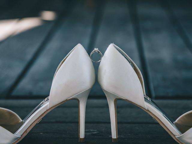 Lindsey and Geoff's wedding in Windsor, Ontario 12