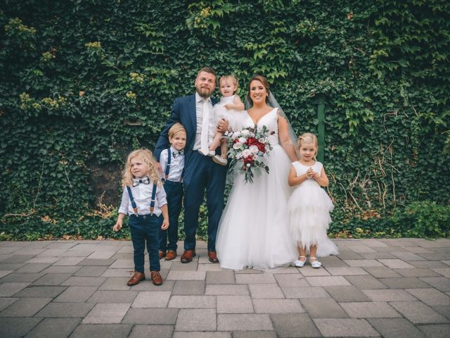 Lindsey and Geoff's wedding in Windsor, Ontario 23