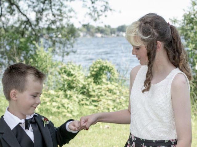 Peter and Beth's wedding in Belleville, Ontario 14