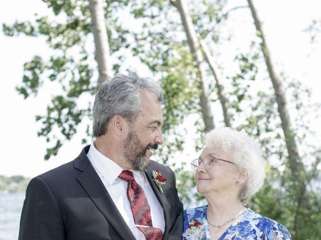 Peter and Beth's wedding in Belleville, Ontario 15