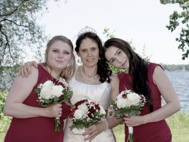 Peter and Beth's wedding in Belleville, Ontario 19