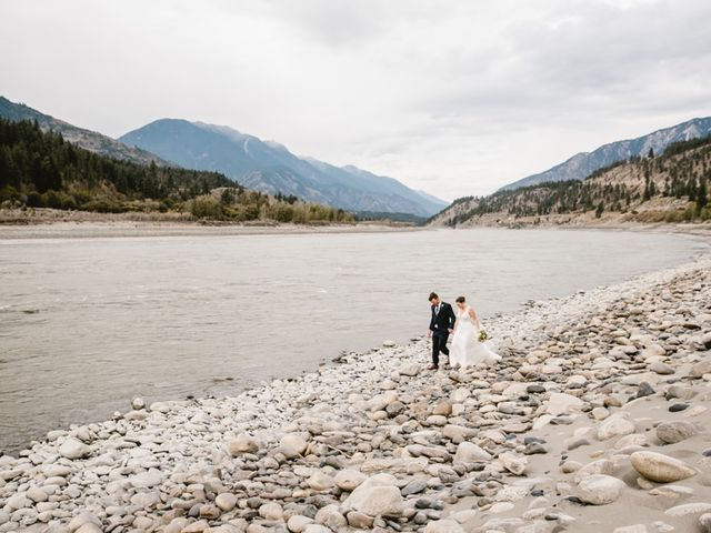 Andrew and Elice's wedding in Lytton, British Columbia 78