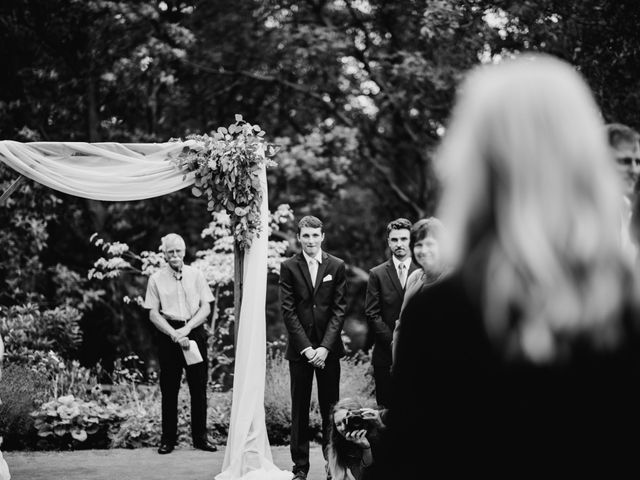 Michael and Kerri's wedding in Victoria, British Columbia 8