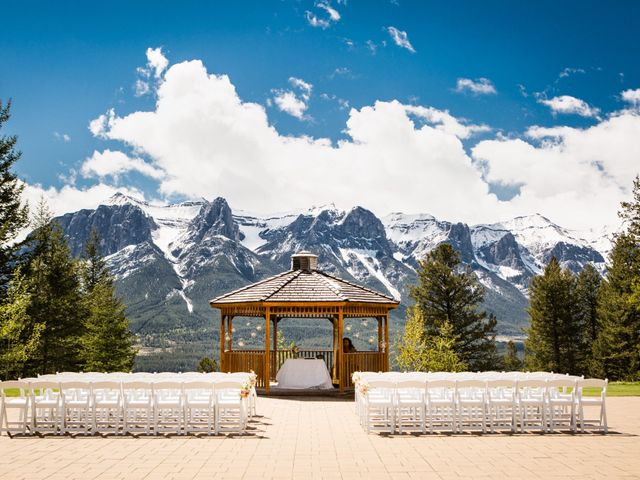 David and Vanessa's wedding in Canmore, Alberta 18