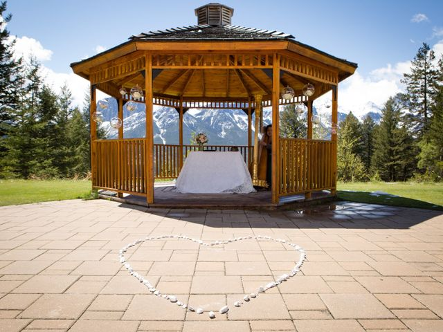 David and Vanessa's wedding in Canmore, Alberta 20