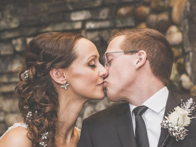 Kendall and Holly's wedding in Edmonton, Alberta 19