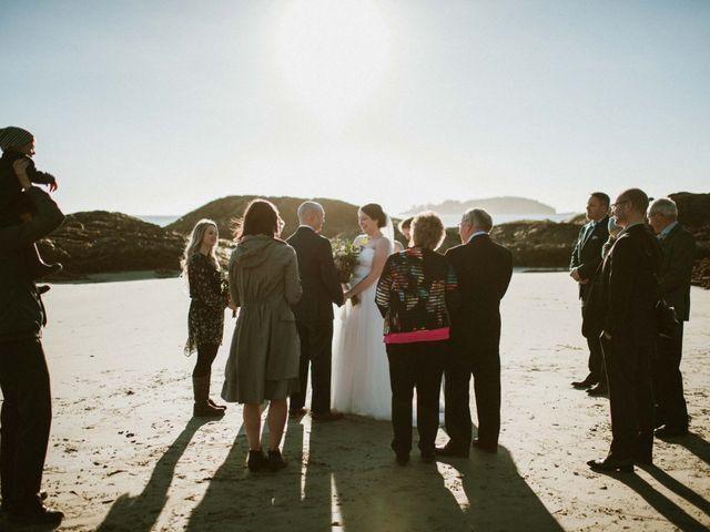Jason and Mia's wedding in Tofino, British Columbia 16