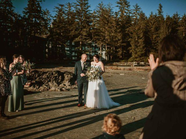 Jason and Mia's wedding in Tofino, British Columbia 18