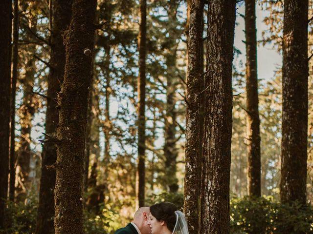 Jason and Mia's wedding in Tofino, British Columbia 20