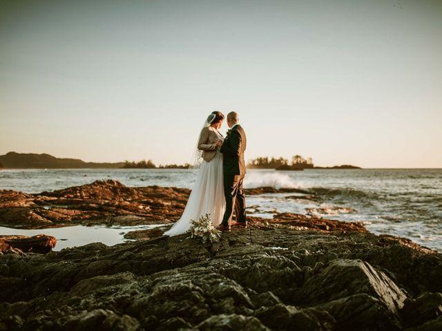 Jason and Mia's wedding in Tofino, British Columbia 23