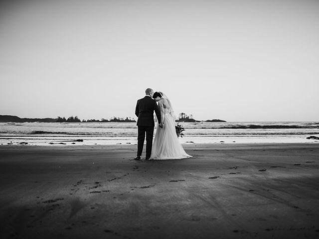 Jason and Mia's wedding in Tofino, British Columbia 25