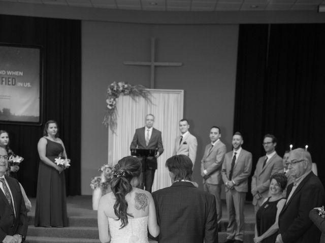 Katelyn and Curtis's wedding in Winnipeg, Manitoba 20