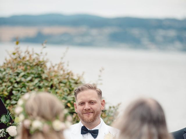 Edwin and Kayla's wedding in Victoria, British Columbia 33