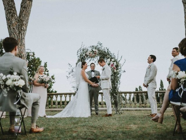 Joe and Lilly's wedding in Victoria, British Columbia 17