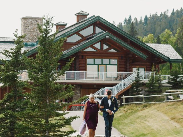 Devon and Hannah's wedding in Bragg Creek, Alberta 54