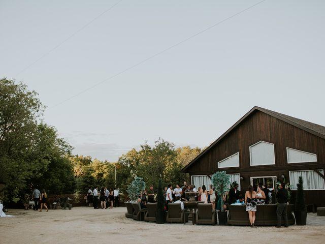 Peter and Jenn's wedding in Winnipeg, Manitoba 6