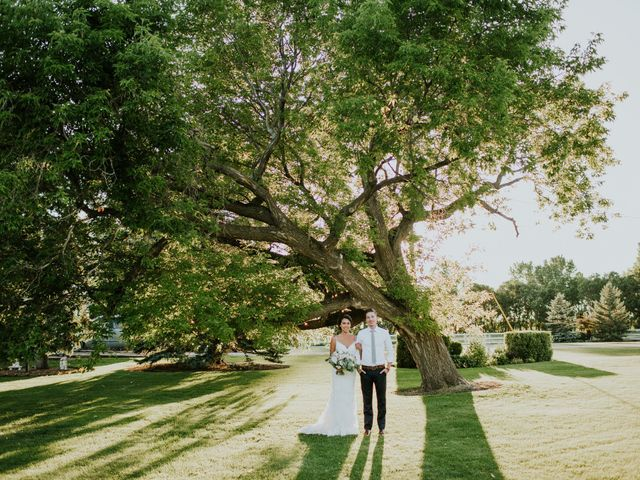 Peter and Jenn's wedding in Winnipeg, Manitoba 43