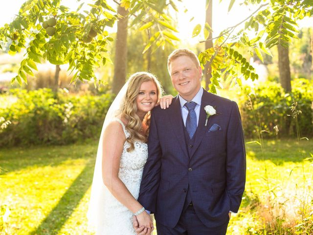 Emily and Mike's wedding in Roseneath, Ontario 92