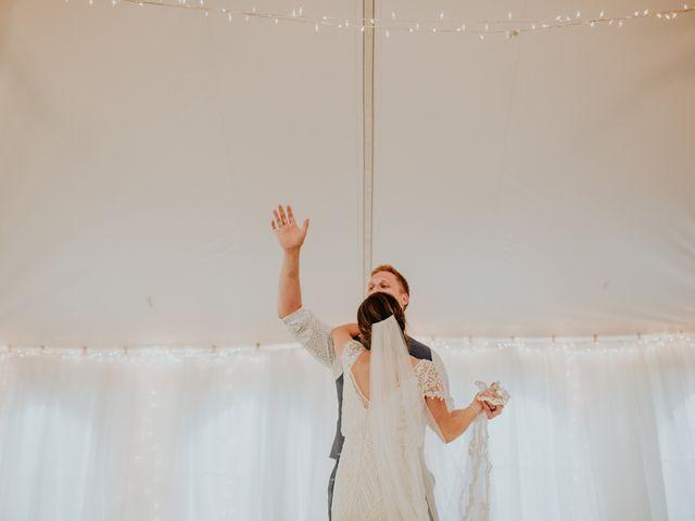 Jason and Chelsea's wedding in Winnipeg, Manitoba 8