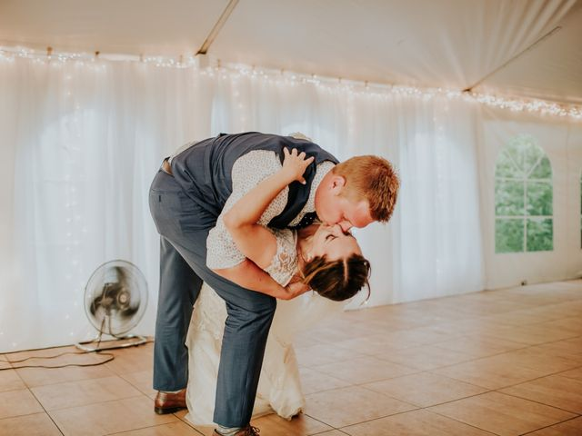 Jason and Chelsea's wedding in Winnipeg, Manitoba 9