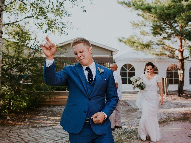 Jason and Chelsea's wedding in Winnipeg, Manitoba 25