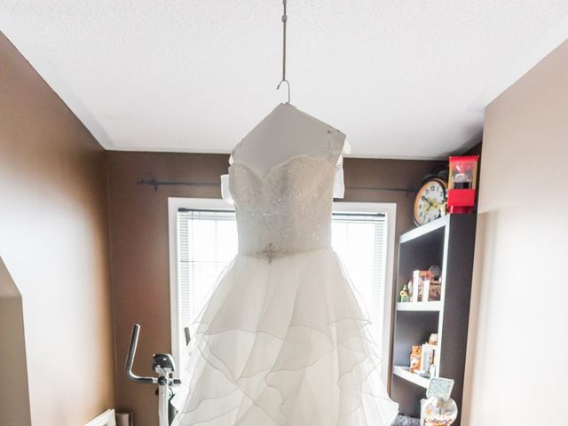 Stacey and Kevin's wedding in Milton, Ontario 3