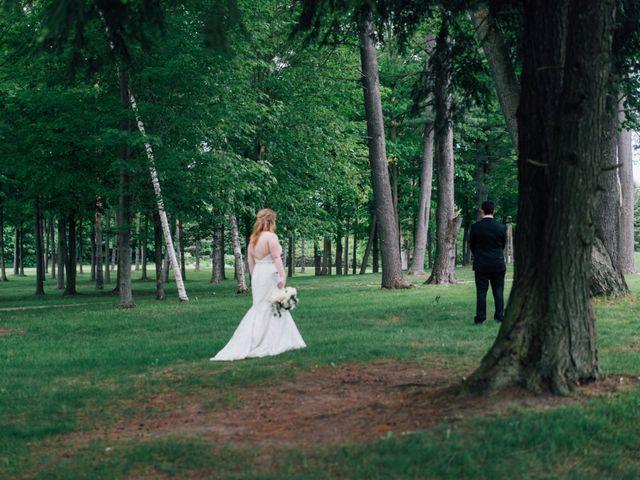 Ryan and Amanda's wedding in Barrie, Ontario 16