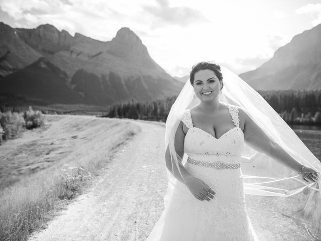 Robbie and Chelsea's wedding in Canmore, Alberta 21