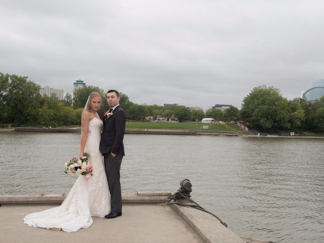 Anders and Tara's wedding in Winnipeg, Manitoba 49