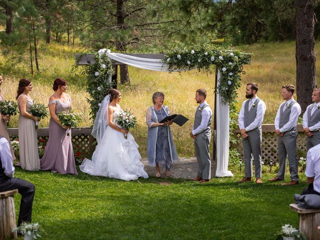 Graham and Chelsey's wedding in Salmon Arm, British Columbia 5