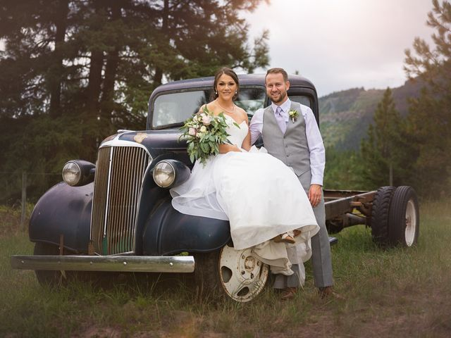 Graham and Chelsey's wedding in Salmon Arm, British Columbia 22