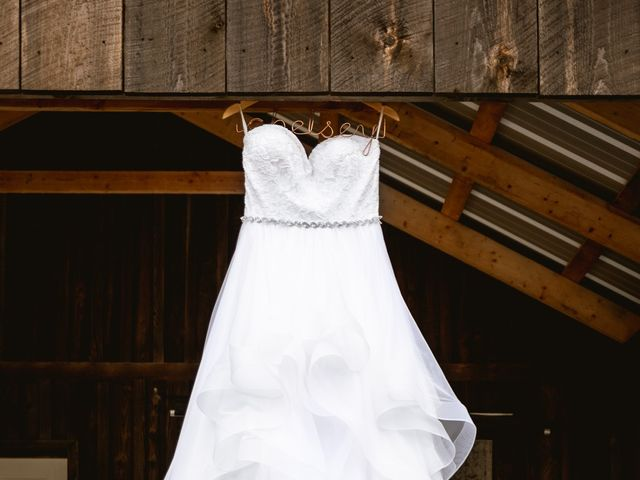 Graham and Chelsey's wedding in Salmon Arm, British Columbia 29
