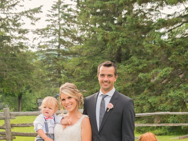 Carl and Vanessa's wedding in Lac-Delage, Quebec 21