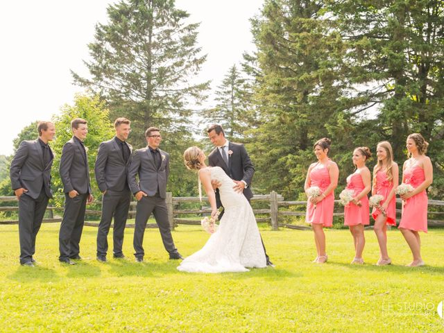 Carl and Vanessa's wedding in Lac-Delage, Quebec 31