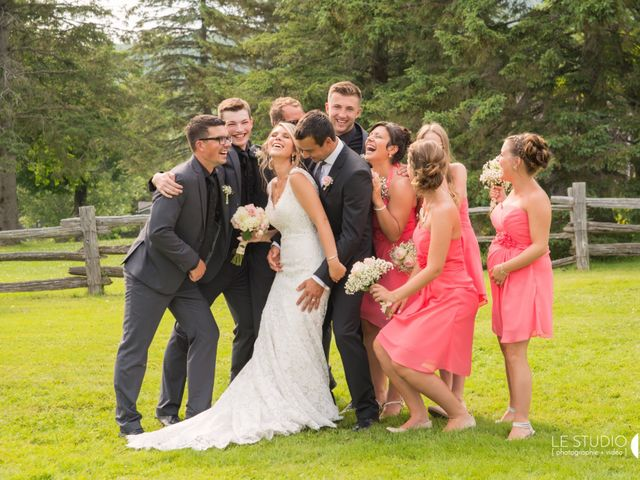 Carl and Vanessa's wedding in Lac-Delage, Quebec 34