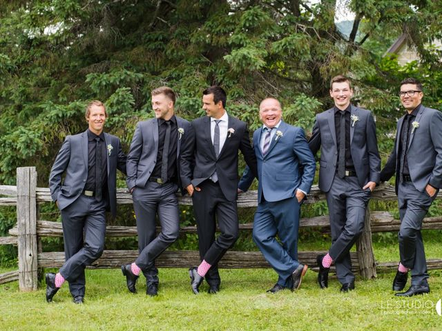 Carl and Vanessa's wedding in Lac-Delage, Quebec 41